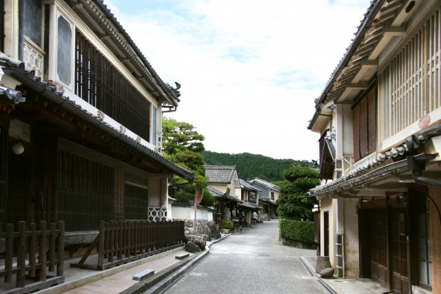 Traditional Streets of the Yokaichi-Gokoku Areas